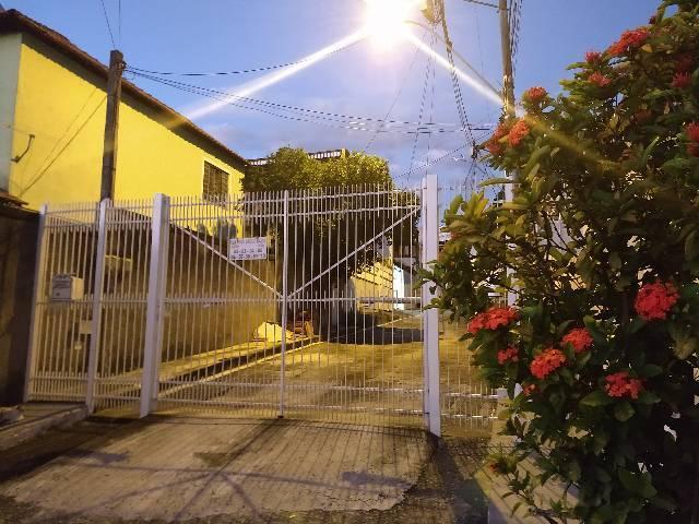 Excelente casa em condomínio no bairro Mutuá