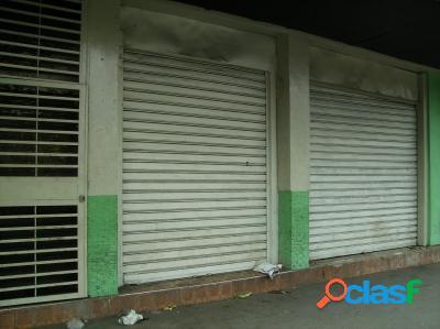 170 M2. Venta de Local Comercial Frente al Hospital Central