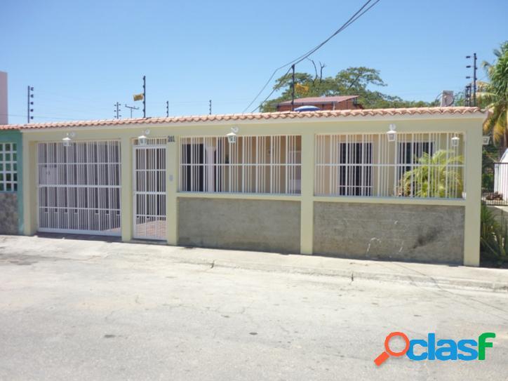 180 M2. Casa en venta en La Pradera, San Joaquin