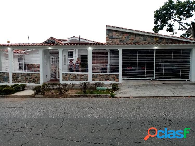 (280ms) En venta Casa en El parral