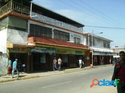 450 M2. Venta de Local Comercial en Centro de Tocuyito