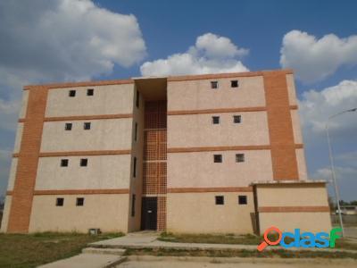 50 M2. En Venta Apartamento en Tocuyito, Aproveche la