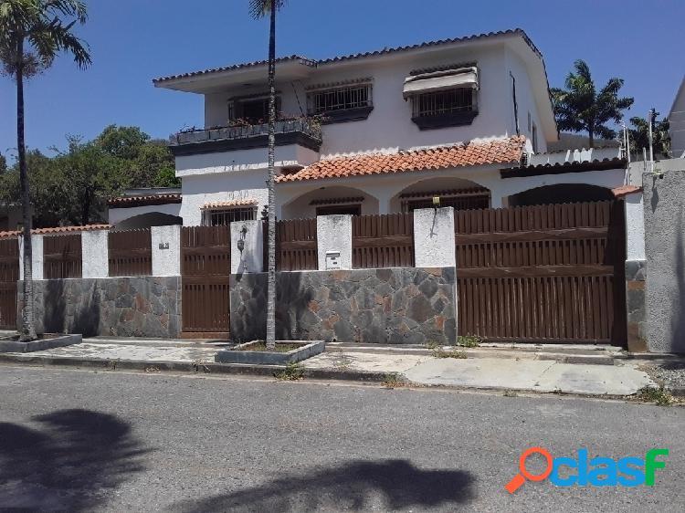 528 m2 Bella Casa Urbanizacion la Viña (Calle Bermudez)