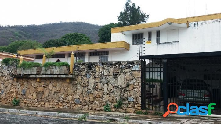 556 M2. Casa en Venta en Lomas del Este