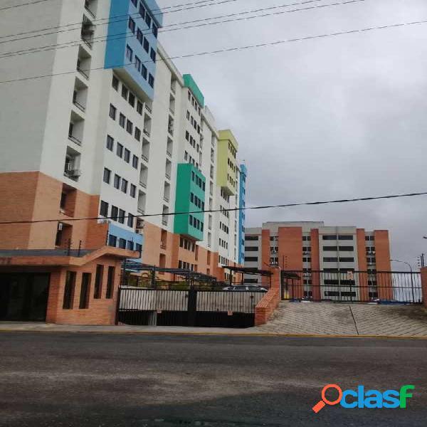 63 M2. En venta apartamento en tazajal