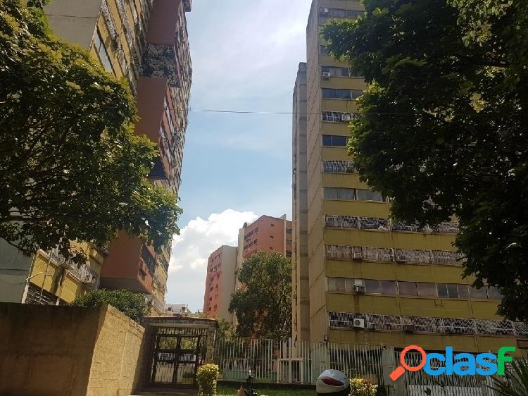 77 M2. Se Vende este Bonito y Amplio Apartamento en Palma