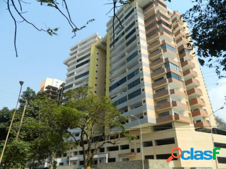 97 M2. Bello y Cómodo Apartamento en Venta en Las