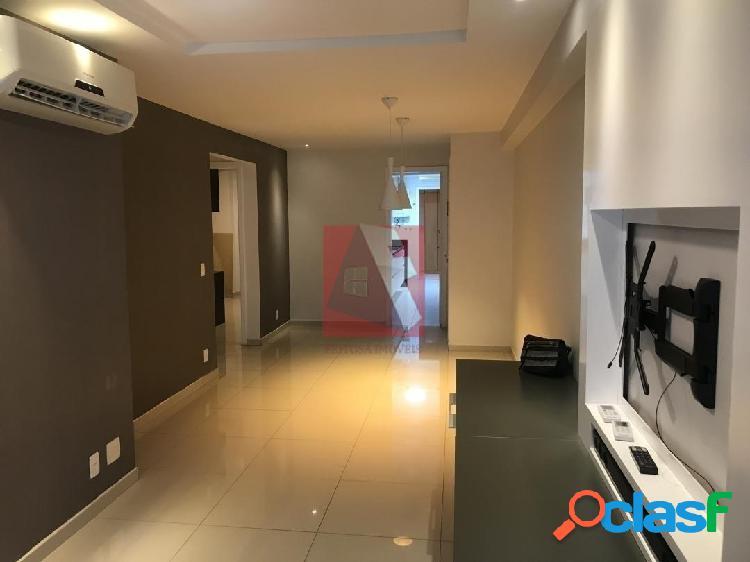 Apartamento a venda na Tijuca Varanda, sala, 2 qts, suite e