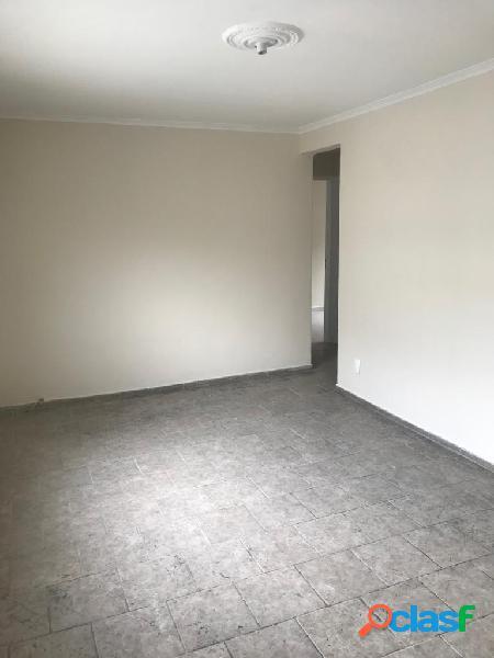 Apartamento de 3 dormitórios em Santos no BNH aparecida.