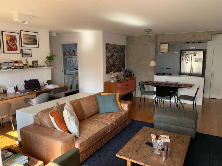 Apartamento em Pinheiros totalmente reformado, com 86 metros