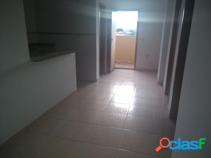 Apartamento novo de 2 dormitórios em São Vicente parque de