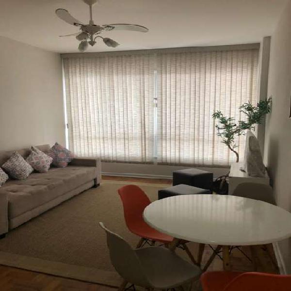 Apartamento para venda com 1 quarto amplo em Embaré -