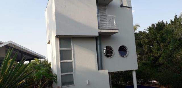 Casa com 2 dormitórios à venda, 274 m² por R$ 1.300.000 -