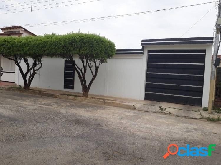 Casa en Venta en Tinaquillo Urbanizacion Tamanaco. 301m2
