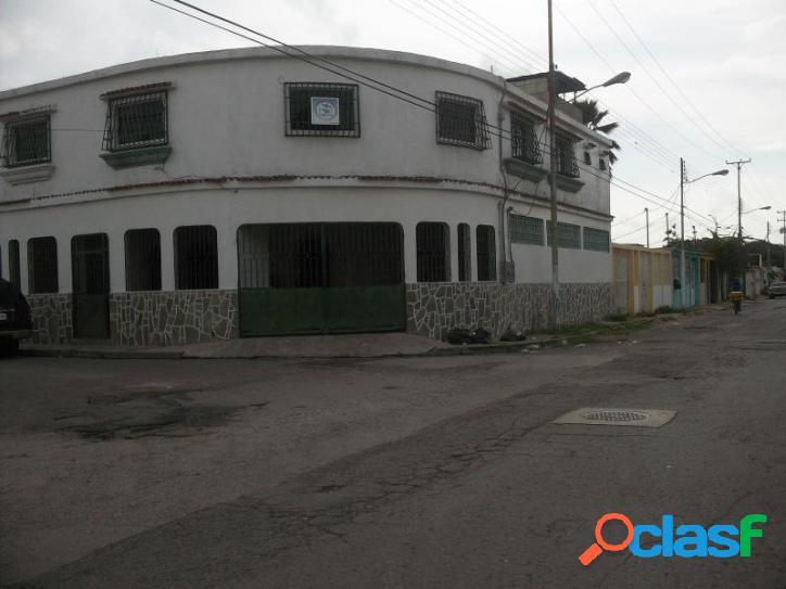 Casa en venta en urb Parque Res. Flor Amarillo