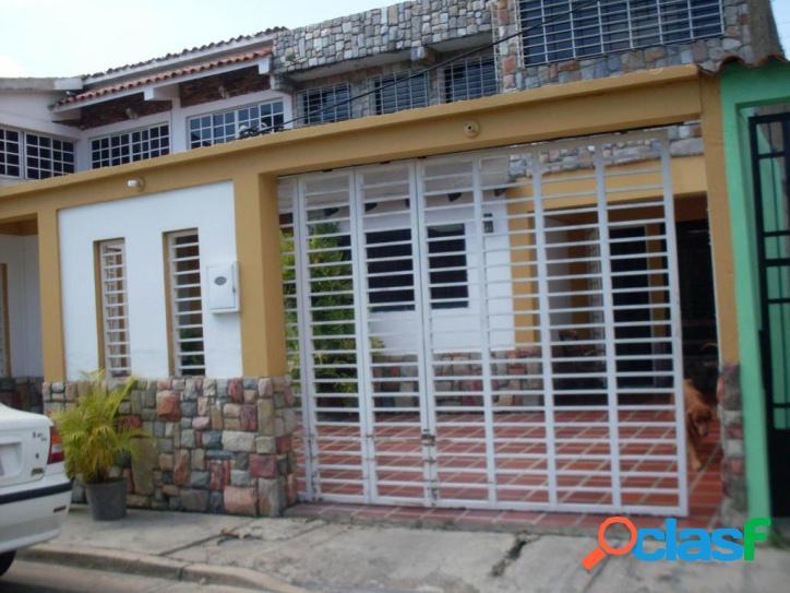 Casa en venta en urb. Parque Valencia