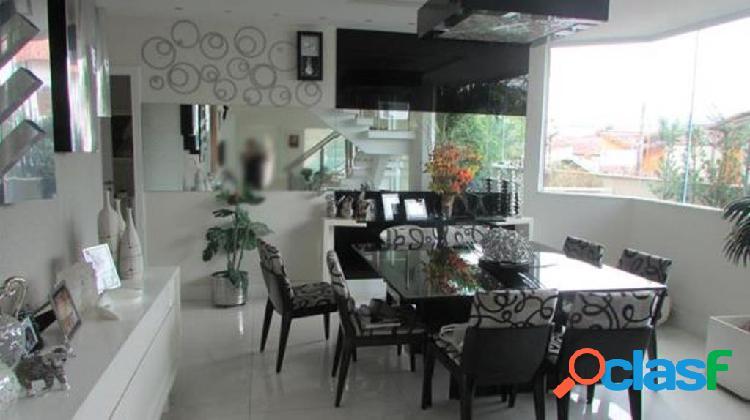 Niterói/RJ - Camboinhas - Casa 4 quartos sendo 2 suítes 3