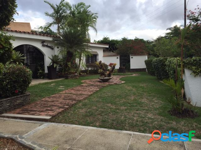 Se vende o Alquila Casa en Guataparo Country Club