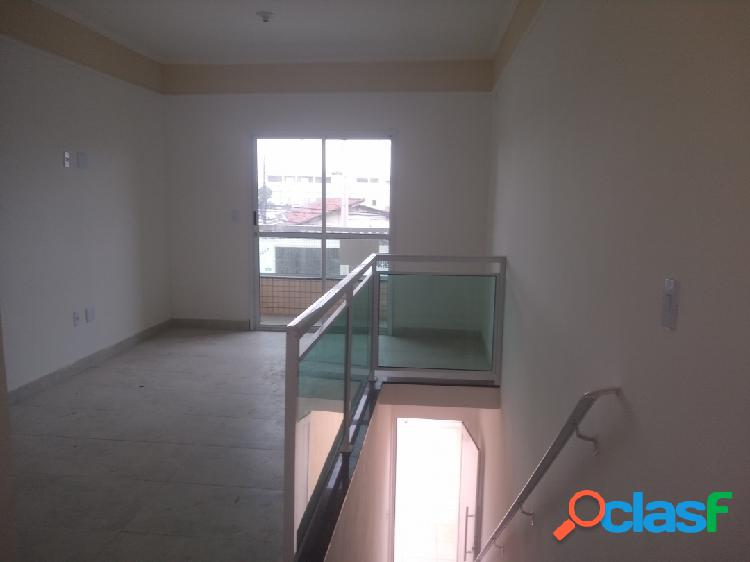 Sobreposta alta nova de 2 dormitórios com varanda gourmet