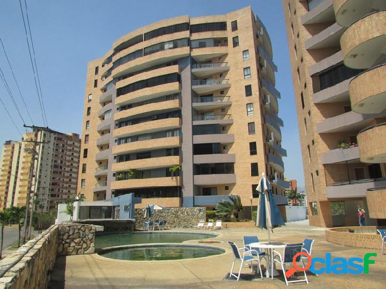Venta apartamento en Jardin mañongo Amoblado 82mts2