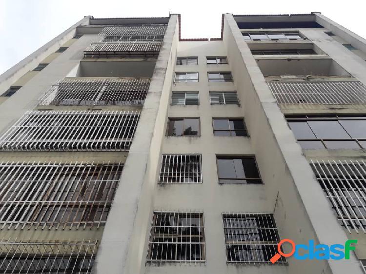 Venta de Apartamento en El Trigal Edificio Tauro