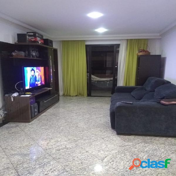 Vila Velha ES - amplo apartamento 3 quartos quadra mar Praia