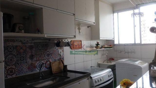 Apartamento com 2 dormitórios para alugar, 45 m² por R$
