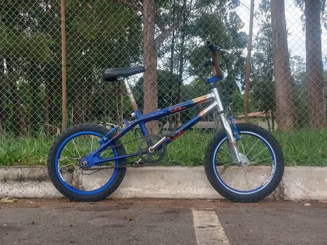 Bicicleta Aro 20 toda de Alumínio