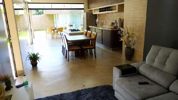 Casa a venda em condomínio portal do sol 2 Goiânia GO 3 4