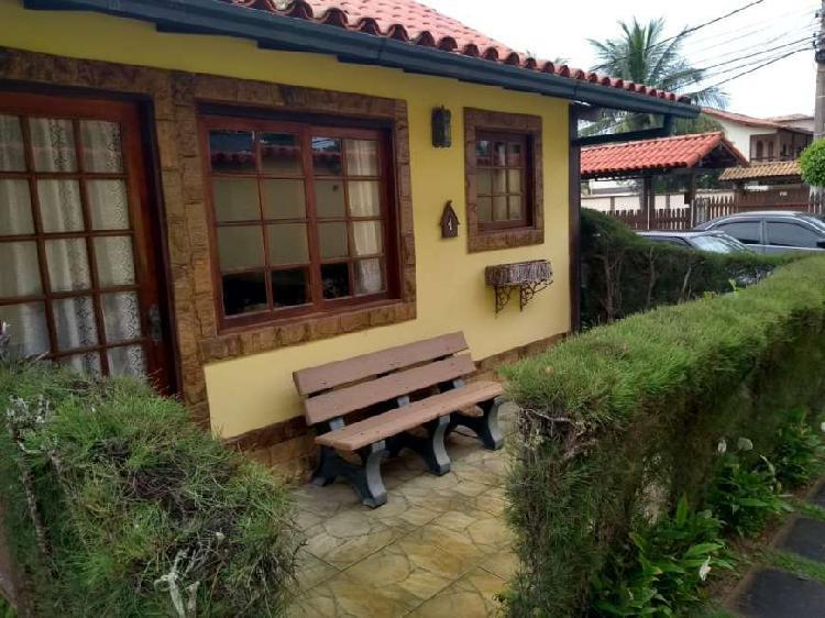 R259 - Casa em condomínio, 02 quartos / 01 suíte, Peró -