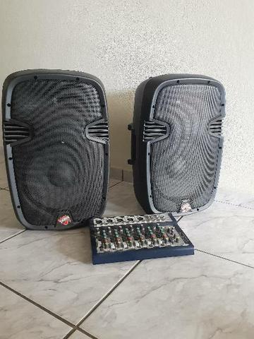 Mesa de Som Profissional 2 caixas de Som.