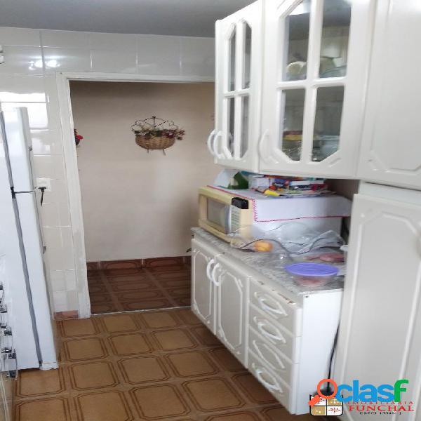Apartamento com 2 dormitórios a 5 minutos do mercado Ricoy