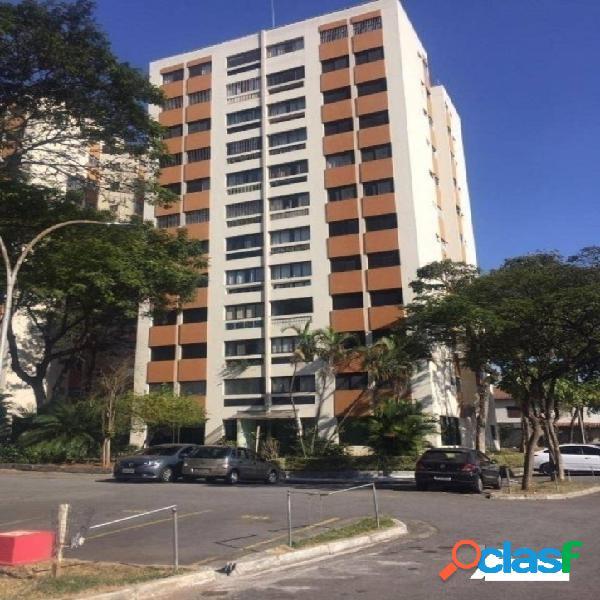 Apartamento com 2 dormitórios à venda, 70 m² por R$