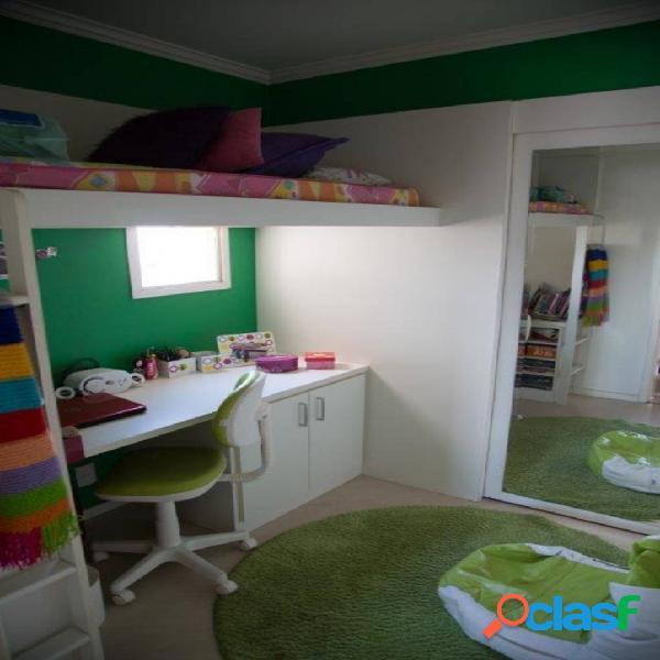 Apartamento com 3 dormitórios à venda, 75 m² por R$
