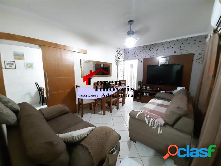 Apartamento de 2 dormitórios de Frente Marapé Santos!