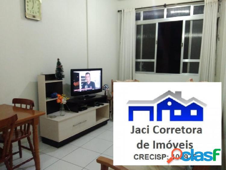 Apartamento em São Vicente, Sala Living ampla próxima a