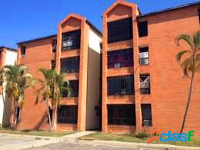 Apartamento en Venta de 104 m2 San Diego Res Las Aves San
