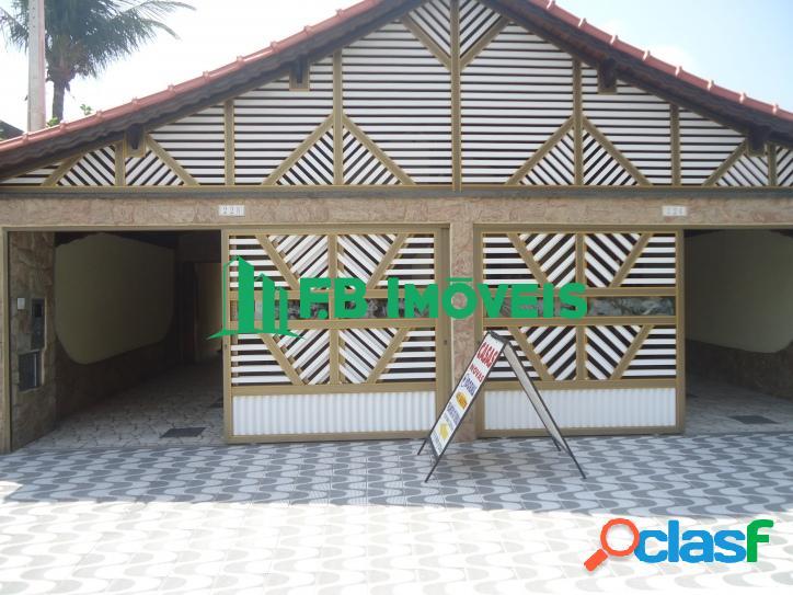 Casa 03 dormitórios sendo 01 suíte - Vila Caiçara