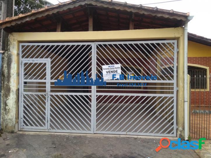 Casa 2 dorm sendo 1 suíte na Vila Caiçara Praia Grande