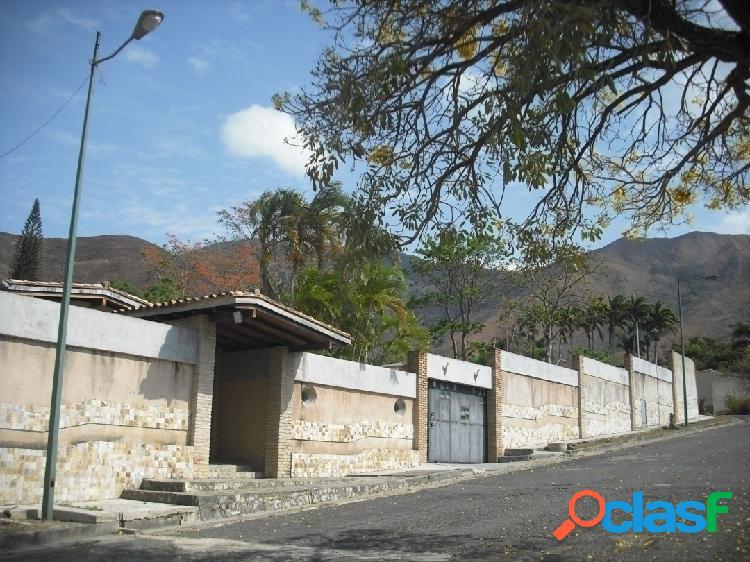 En Venta Hermosa Casa en Carialinda.