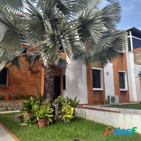 En Venta Hermosa Casa en sabana Larga, Prebo de 680m2