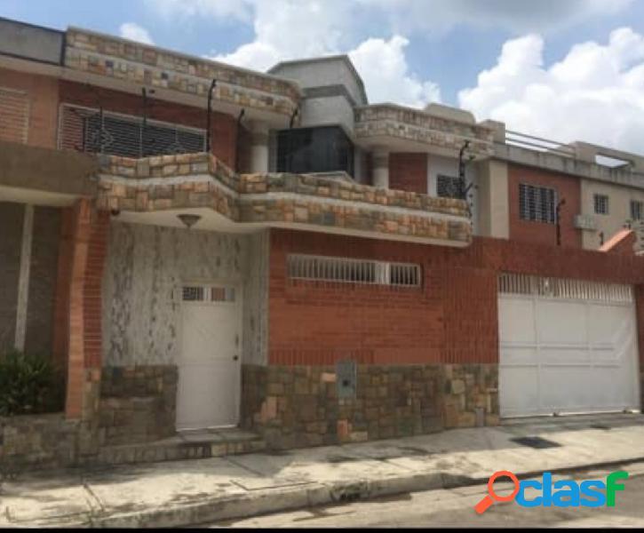 En venta Hermosa Casa en el Sector La Granja, Naguanagua,