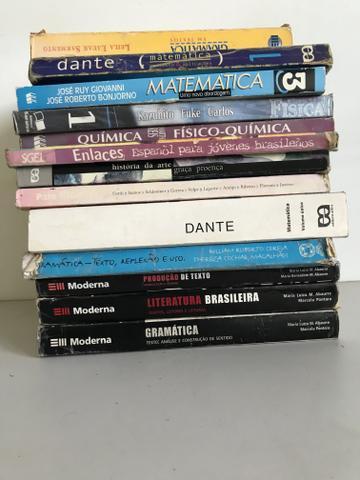 Livros ensino médio - pre vestibular