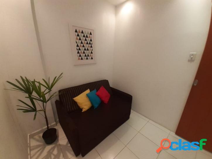 Sala living grande no centro de São Vicente