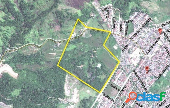 Área em Caraguatatuba 270 MIL metros²