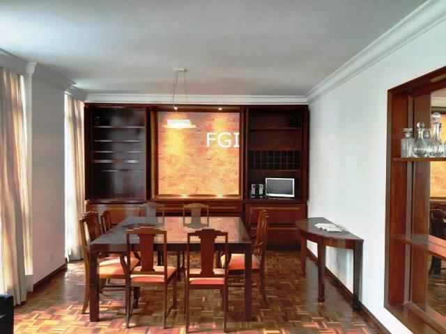 Apartamento para locação na Alameda Casa Branca - 240m² -