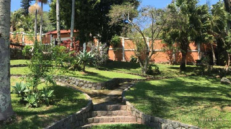 Linda Casa de alto padrão beira mar a venda no Ribeirão da