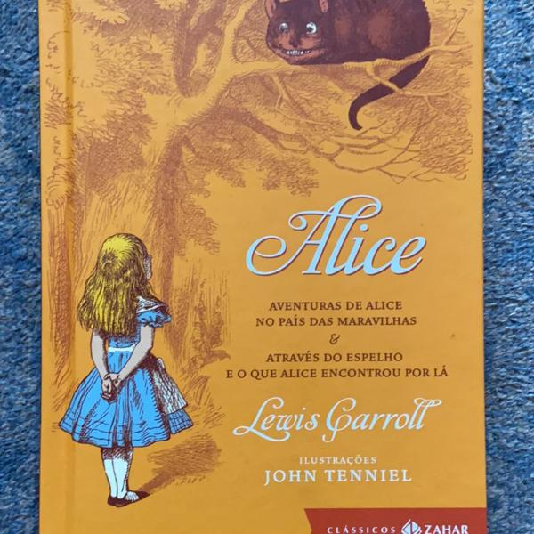 livro aventuras de alice no país das maravilhas &