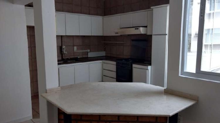 Apartamento com 2 quartos à venda no Centro de