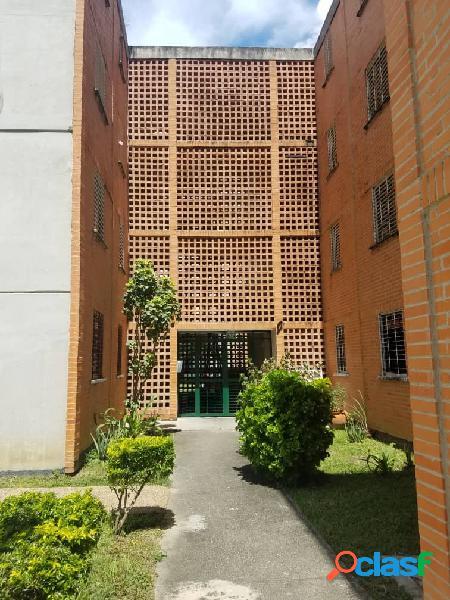 Apartamento en venta en San Diego Res. Tulipan